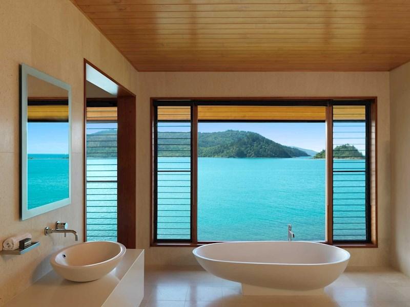 pavillion tub - winward qualia