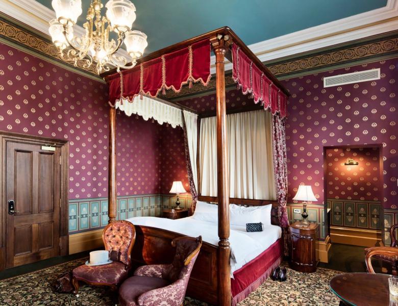 VIC_Self Drive_Goldfields_Craigs Royal Hotel Ballarat room